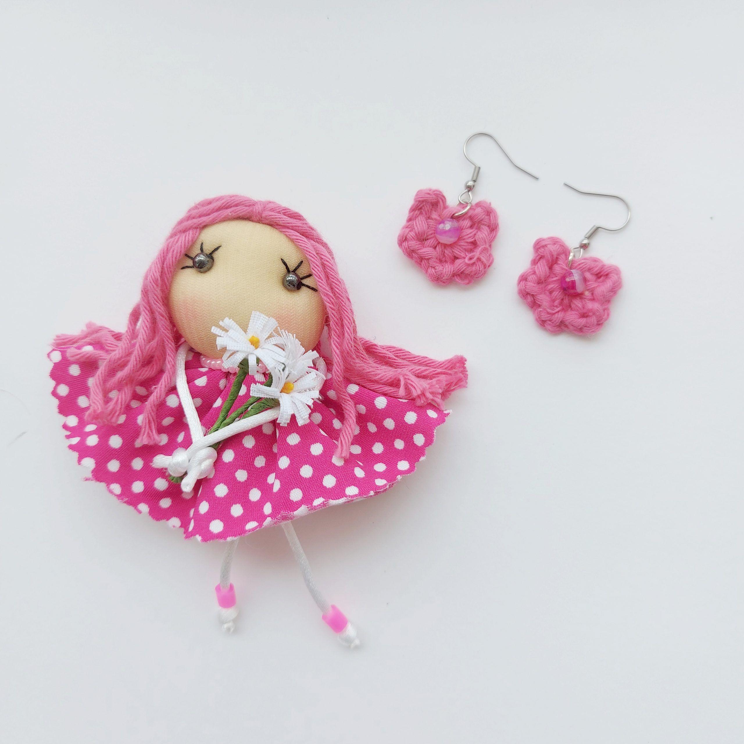 Broche muñeca primaverafucsia